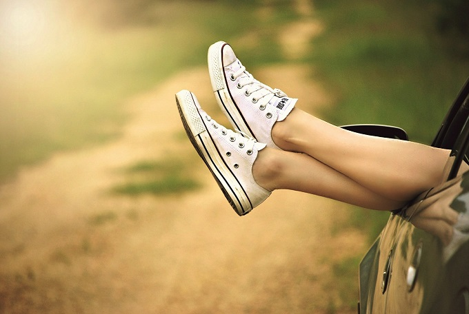 足のむくみはなぜ起きるのか